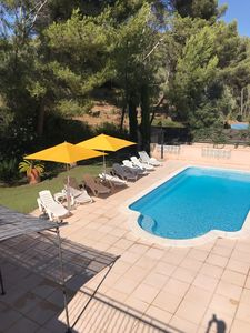 Photo for Bandol Detached villa, Swimming pool Soleil Jardin Calme, Parking (6/8, pers)