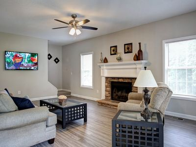 Photo for 19 Moonlight Drive · Acworth comfort! Lakepoint Baseball Complex is 9 mile drive
