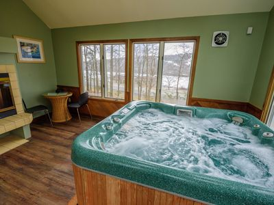 Photo for Jacuzzi Room Overlooking Big Boulder Lake & Mountain, Recroom w/Wet Bar,5br,3bth