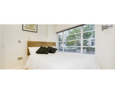 Photo for 1 bedroom South Kensington London Apartment Nell Gwynn House