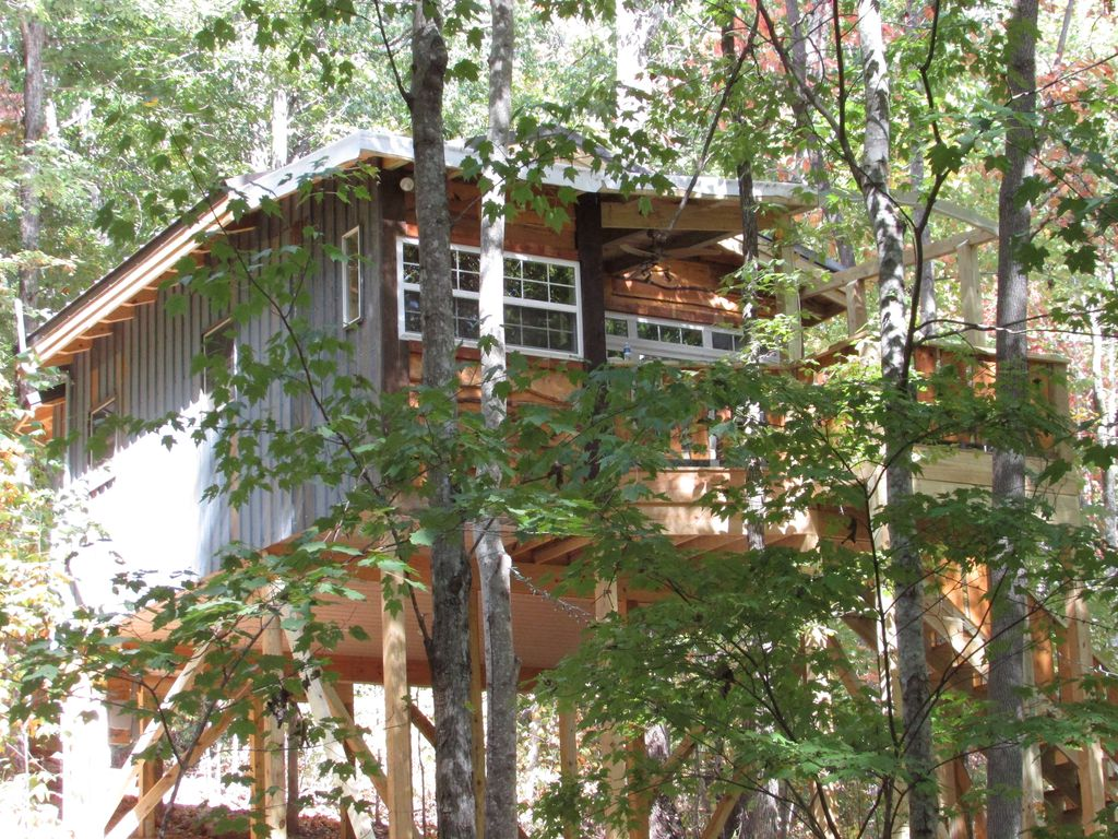 Treehouse Pictures Monteagle Treehousethe Dove August Dat Vrbo