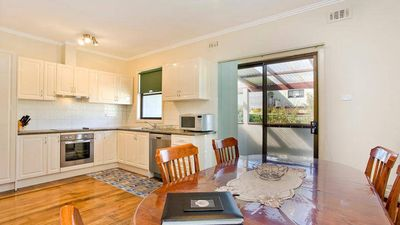 Photo for Bella Vista - within walking distance to everything
