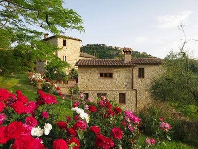 Photo for Montepulciano Villa, Sleeps 15 with Pool, Air Con and WiFi