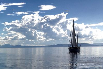 Sailing Great Lake Taupo