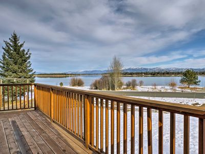 Photo for 'Lakeside 180' - Charming Home on Lake Cascade!