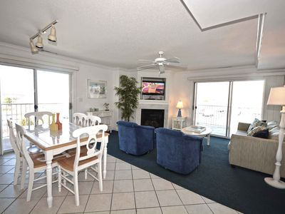 Photo for Cozy, relaxing luxury 3 bedroom condo with WiFi and an outdoor pool located uptown on the bayside and just a few blocks from the beach!