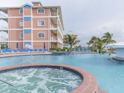 Photo for Gran Cayman - Luxury Pool Side Apartment