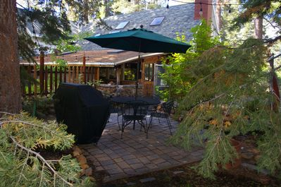 woodside private patio and bbq