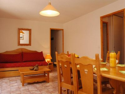 Photo for Surface area : about 45 m². 1st floor. Orientation : South. View mountain and street