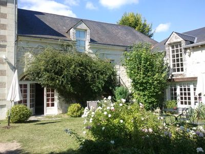 Photo for Touraine: Lovely Property in the countryside, 5 km from Chinon - pool
