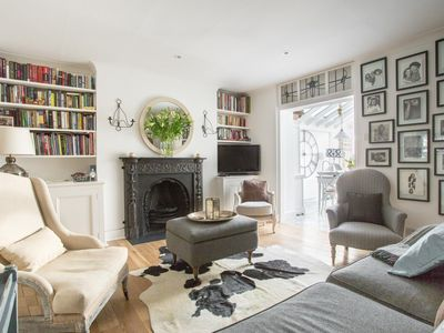 Photo for Kensington Church Street IV - luxury 2 bedrooms serviced apartment - Travel Keys