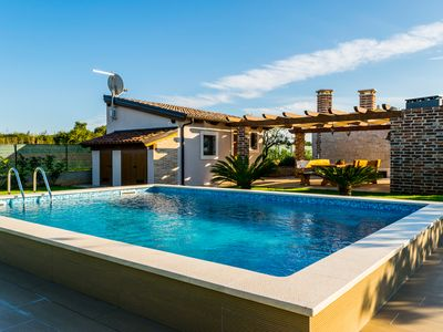 Photo for Leda Villa - Lovely Newly Built Round Cottage with A/C and Private Pool and close to the Beach ! - Free WiFi
