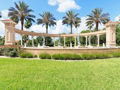 Photo for Beautiful Townhouse only 8 minutes from Disney