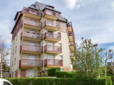 Photo for Apartment l'Amiral in Deauville-Trouville - 4 persons, 1 bedrooms