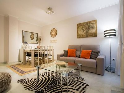 Photo for Charming 2-bedroom apartment with balcony and views of the Alameda