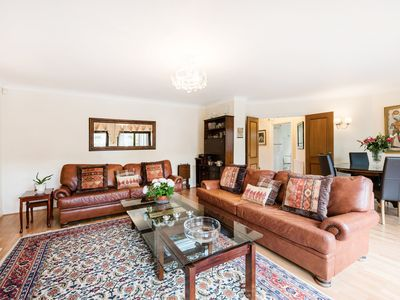 Photo for 3BR House Vacation Rental in Old Windsor, England