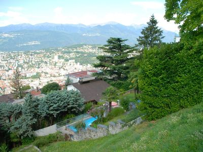 Photo for Cosy apartment for 6 people with private pool, WIFI, TV, pets allowed and parking