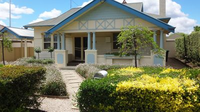 Photo for Near CBD - Flat Nightly Rate For Up To 6 Guests
