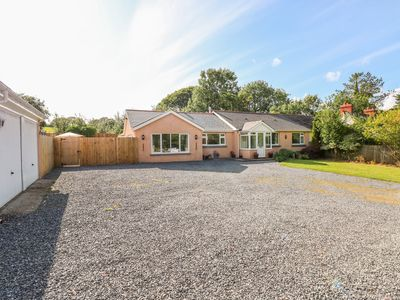 Photo for 1 Homecroft Bungalows, SAUNDERSFOOT