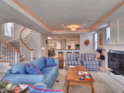 Photo for ROOF TOP DECK Balboa Island 3 STORY SINGLE UNIT *2 car garage *Close to WATER
