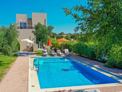 Photo for Skoutelonas Holiday Home, Sleeps 7 with Pool, Air Con and WiFi