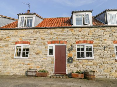 Photo for BARN COTTAGE, pet friendly, with open fire in Pickering, Ref 1001947