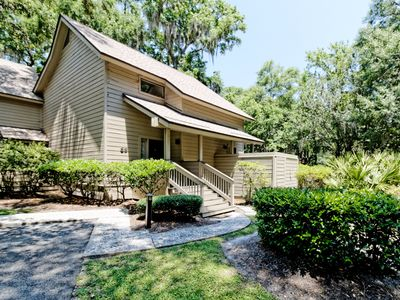 Photo for 2BR/2.5BA Fazio Villa In Palmetto Dunes, Remodeled End Unit With Large Deck