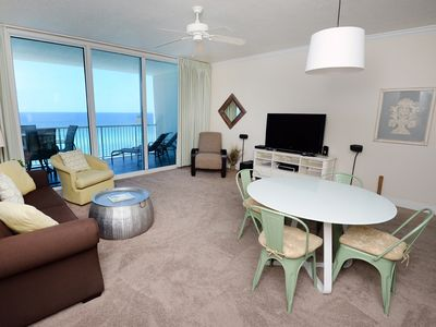 Photo for Elegant 1BR/2bath Gulf-front condo at Palazzo 404