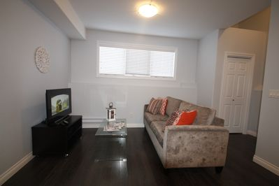 Flat screen TV with cable programming provided (with USB/HDMI connections) Comfortable couch for relaxing.LIVING AREA