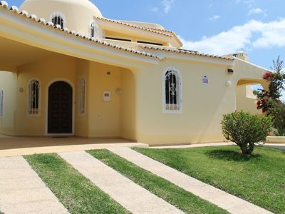 Photo for Villa With Private Pool, 3 Bedrooms, Sleeps 6, Vilamoura, Old Village