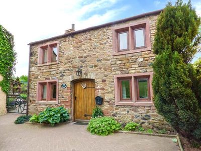 Photo for ELM COTTAGE, pet friendly in Appleby-In-Westmorland, Ref 924360