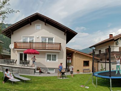 Photo for Large holiday home with lots of privacy, central location in Zell am Ziller.