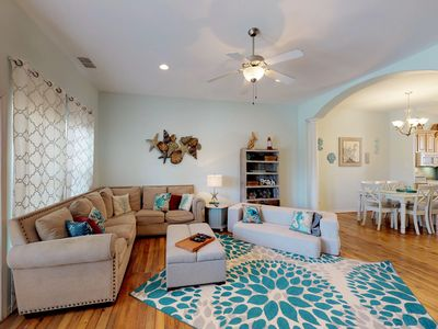 Photo for Comfy, dog-friendly condo with shared pool, near  beach w/ private washer/dryer!