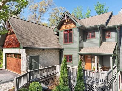 Photo for Hidden Creek Lodge; upscale retreat on the doorstep of Downtown Asheville; HOT TUB, Game Rm, LUXURY!