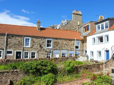 Photo for 3-bedroom Fisherman's Cottage with sea views in Cellardyke
