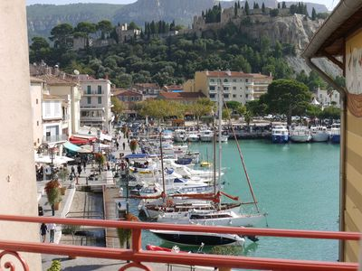 Photo for Duplex T3 standing on the port of Cassis (3 *)