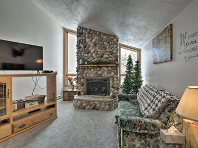 Photo for NEW-Rustic Island Park Home - 20 Mi to Yellowstone