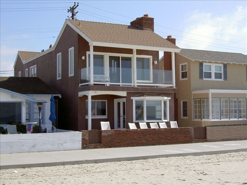 Luxury newport beach oceanfront rental newport beach for Most expensive house in newport beach