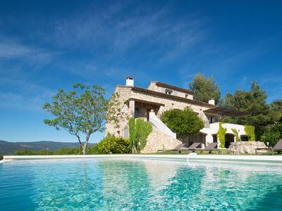Photo for A dream villa with pool in Roussillon/Luberon (entire villa)