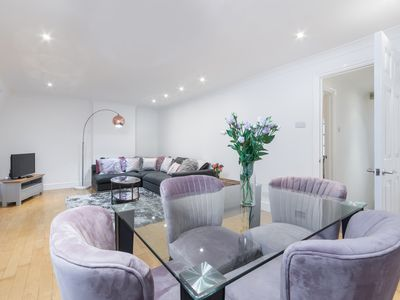 Photo for Delightful duplex 3 bedroom apartment in central London by oxford st (BPD)