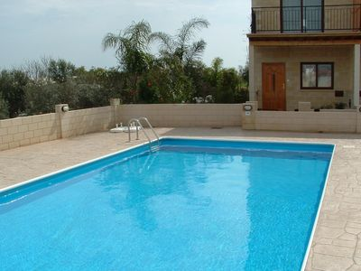 FREE WI-FI, LOVELY HOUSE WITH COMMUNAL POOL  SET IN THE VILLAGE OF LIOPETRI