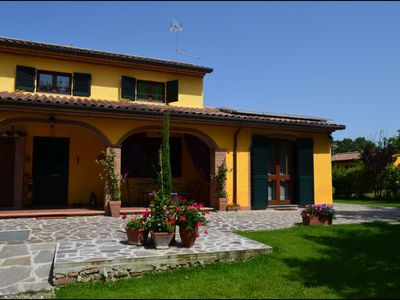 Photo for illa Carlotta is located in an idyllic hilltop position, just seven kilometers away from the village