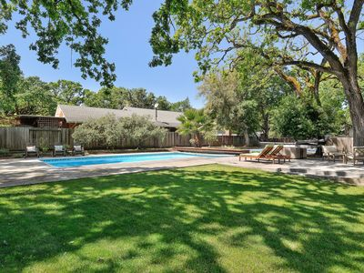 Photo for Ripple...sonoma.  Modern 3 Bedroom - 2 Bathroom Home With Pool And Hot Tub.