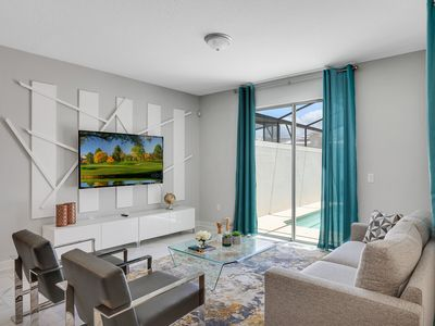 4BD/3BA ideal Townhome w/pool at ChampionsGate