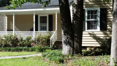 Photo for Shandon Neighborhood Cottage - Close To Usc & Williams-brice Stadium!