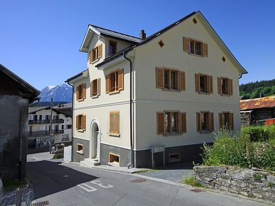 Photo for Apartment in the center of Flims with Lift, Parking, Internet, Washing machine (258557)