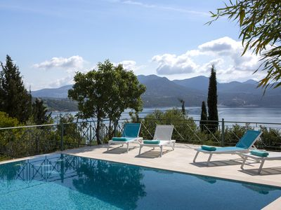 Photo for Luxurious and spacious villa Buena Vista with big swimming pool and garden