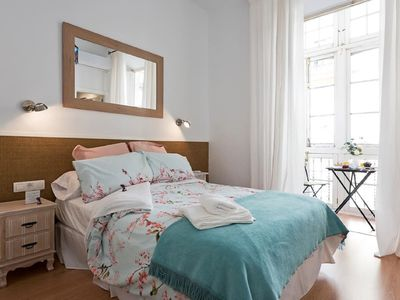 Photo for IDEAL APARTMENT IN HISTORIC CENTER AC / WI FI