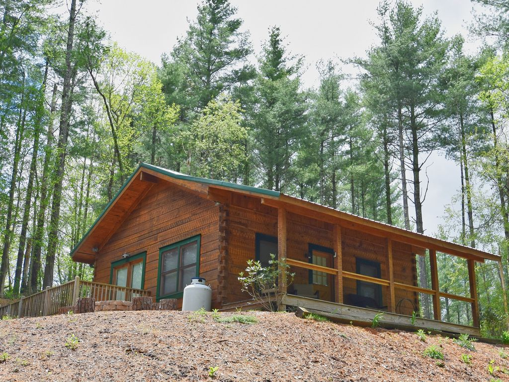 West Jefferson Cabin Rental   Perfect Mountain Getaway Spot In Ashe County.