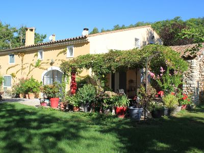 Photo for House in the countryside with views of the Luberon